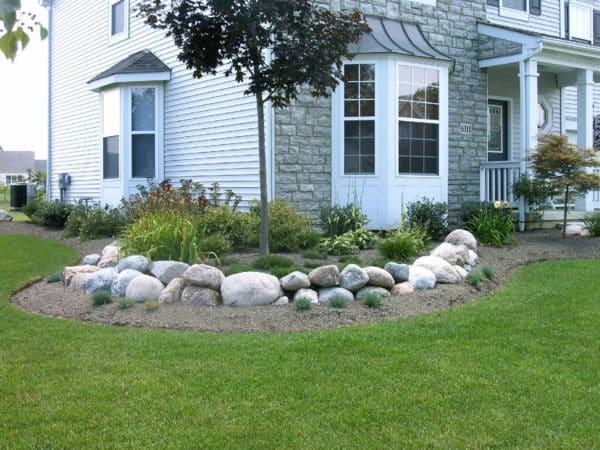 Decorative Granite Boulder Garden Features