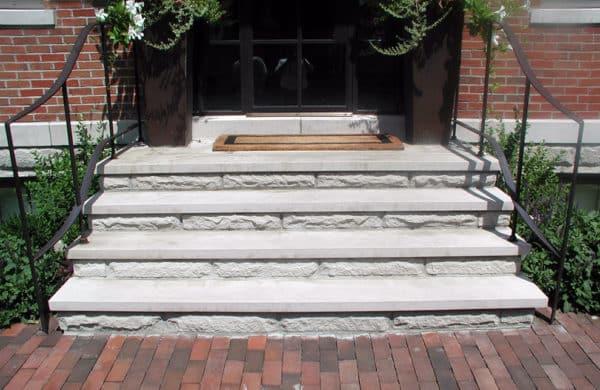 Indiana Buff Limestone Treads