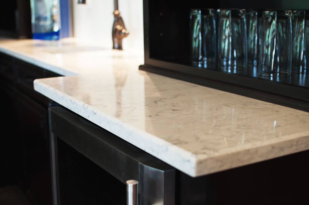 White Kitchen Bar Countertops